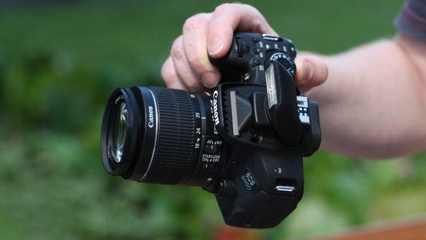 Canon 800D quay phim full HD