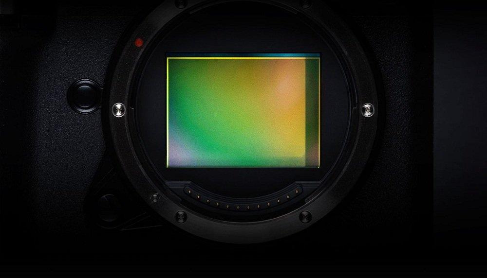 GFX 50S II với cảm biến CMOS 51.4MP lớn cho chất lượng ảnh vượt trội