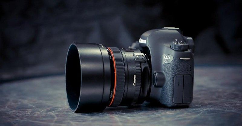 Canon EF 50mm f/1.2L USM lấy nét nhanh, chính xác
